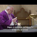 Papa: fé ideológica adora um deus que não possui as chagas dos irmãos