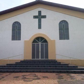 Quase Paróquia Sant'Ana - Santana da Ponte Pensa