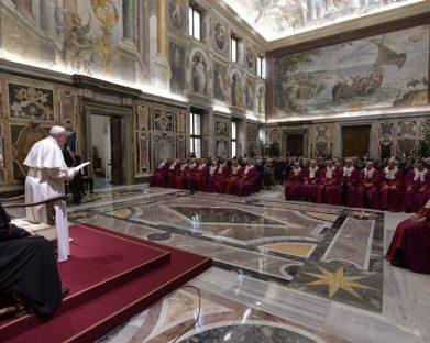 Papa: cuidar da unidade e fidelidade, bens preciosos do matrimônio