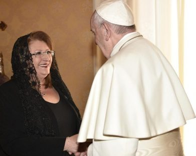 Papa Francisco recebe a presidente de Malta no Vaticano