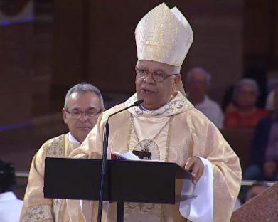 Missa recorda bispos falecidos e reflete sobre o cuidado de Deus com os mais necessitados