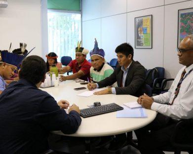 Conselho Indigenista denuncia situação de quase 18 mil indígenas sem ir à escola este ano