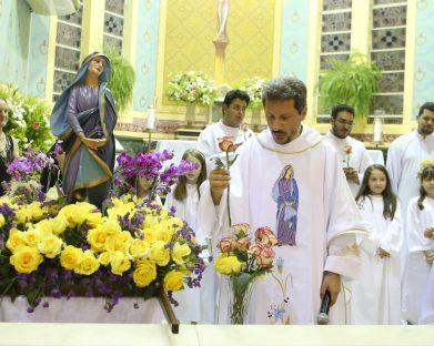 Paróquia Nossa Senhora das Dores celebrou as festividades da padroeira