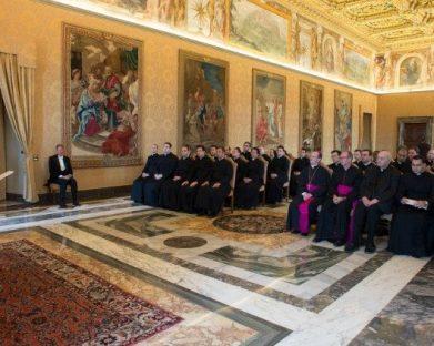Papa: um ano em missão para os futuros diplomatas da Santa Sé