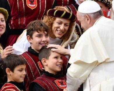 Francisco, 2013: os primeiros passos do pontificado