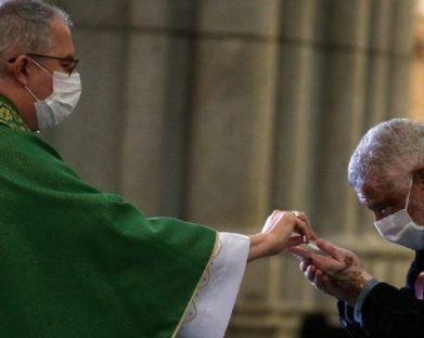 Mais de 300 sacerdotes com Covid-19 no Brasil. Óbitos chegam a 21, revela CNP